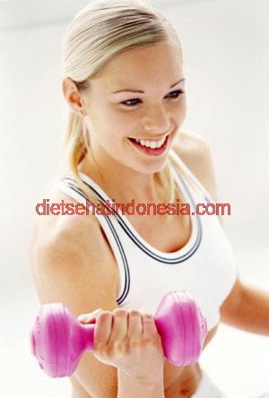 Mempercepat metabolisme dengan angkat beban